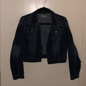 I am selling this jean jacket from Earl Jean.